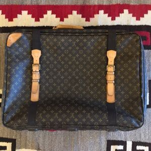 Vintage LOUIS VUITTON Pullman Suitcase